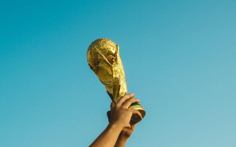 Key factors to look at while buying trophies online